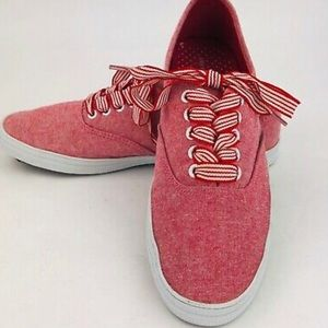 City Sneaks Red Canvas Sneakers W Striped Laces